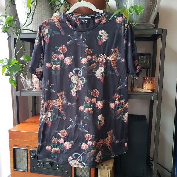 DFND men's tee shirt, black with leopard floral